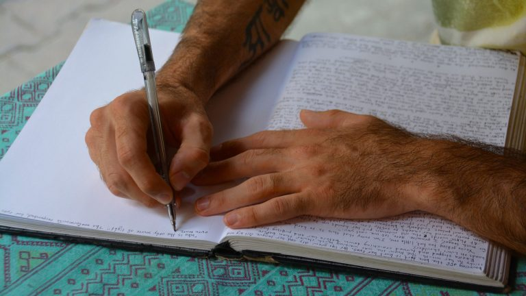 5 Useful Reasons Why You Should Be Journaling