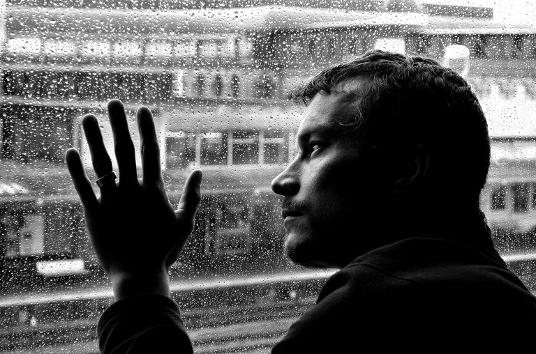 12 Signals That Point to Bipolar Disorder (With Patient Notes)